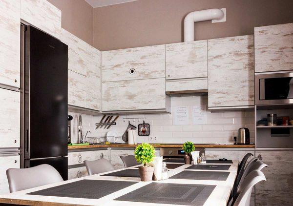 116_Кухня-в--хостеле-«СENTER»