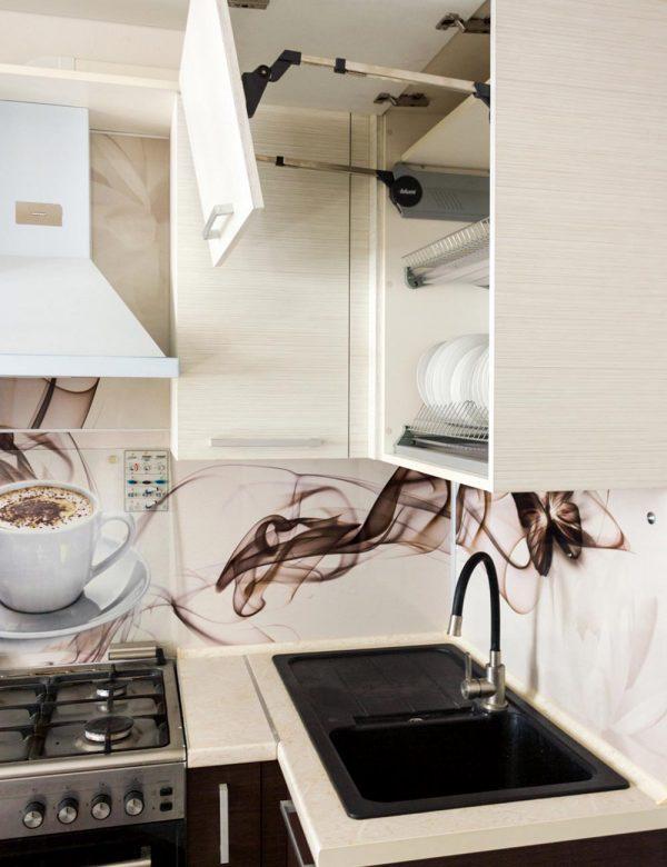 142_угловая-кухня-с-крашенными-фасадами