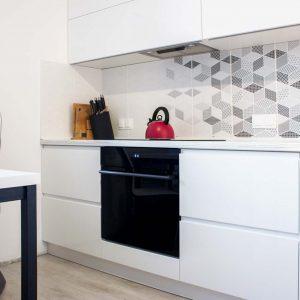 40_Кухня-с-фасадами-из-крашеного-МДФ