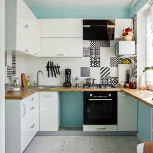 73_Кухня-угловая-с-фасадами-из-ЛДСП
