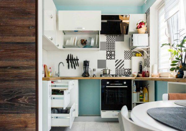 74_Кухня-угловая-с-фасадами-из-ЛДСП