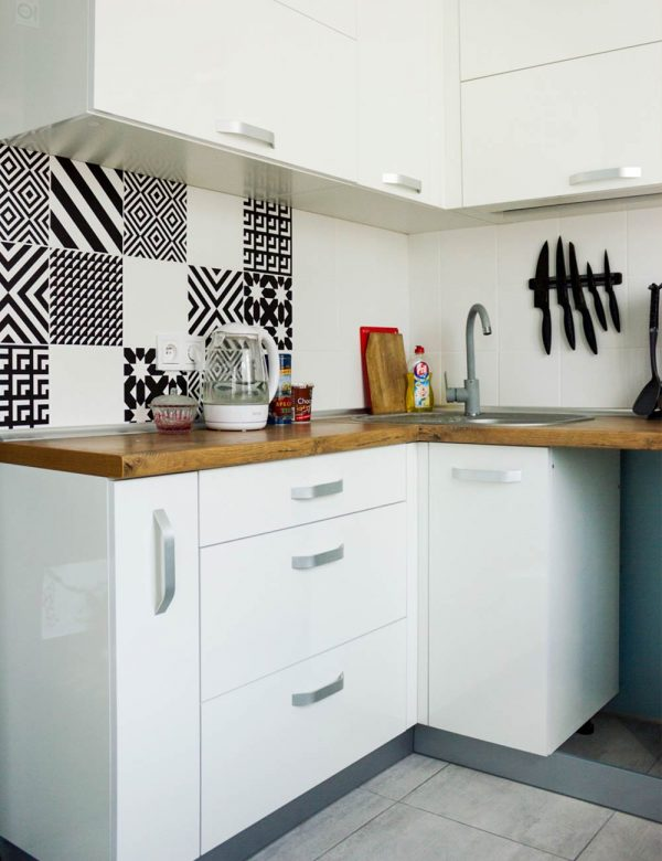 76_Кухня-угловая-с-фасадами-из-ЛДСП
